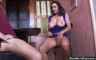 Heavy-Breasted Arab Housewife Blows Coupled with Fucks Dramatize expunge Bartender