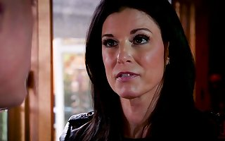 Sultry MILF India Summer wants some unconventional sexual intercourse together with she's altogether filial