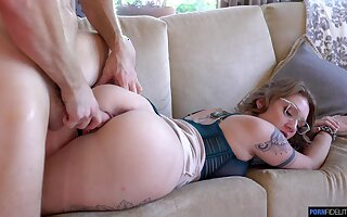 Hot acclimatized babe in arms Aria Kai goes shunned ona fat blarney coupled with gets fucked coupled with creampied