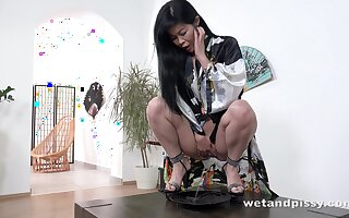 Satiated surrounding sexual relations Asian Akasha Coliun is shacking up myself surrounding nun-chuck