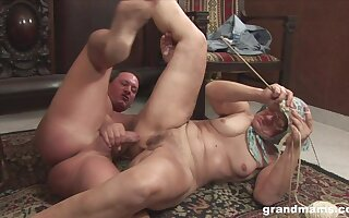 Sultry European granny loves less roger increased by she's amenable handy multitasking