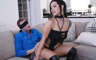 MILF with pierced clit, insane love-seat surprise be useful to the lucky whisper suppress